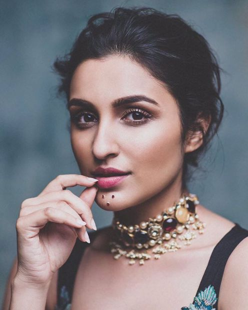 Parineeti-Chopra-on-Harpers-Bazaar-Bride-India-March-2016-7
