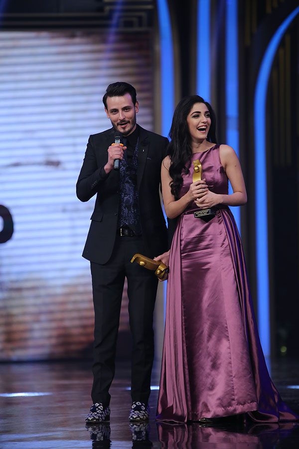 Jury awards for Best on Screen Couple was presented to Maya and Osman. (1)
