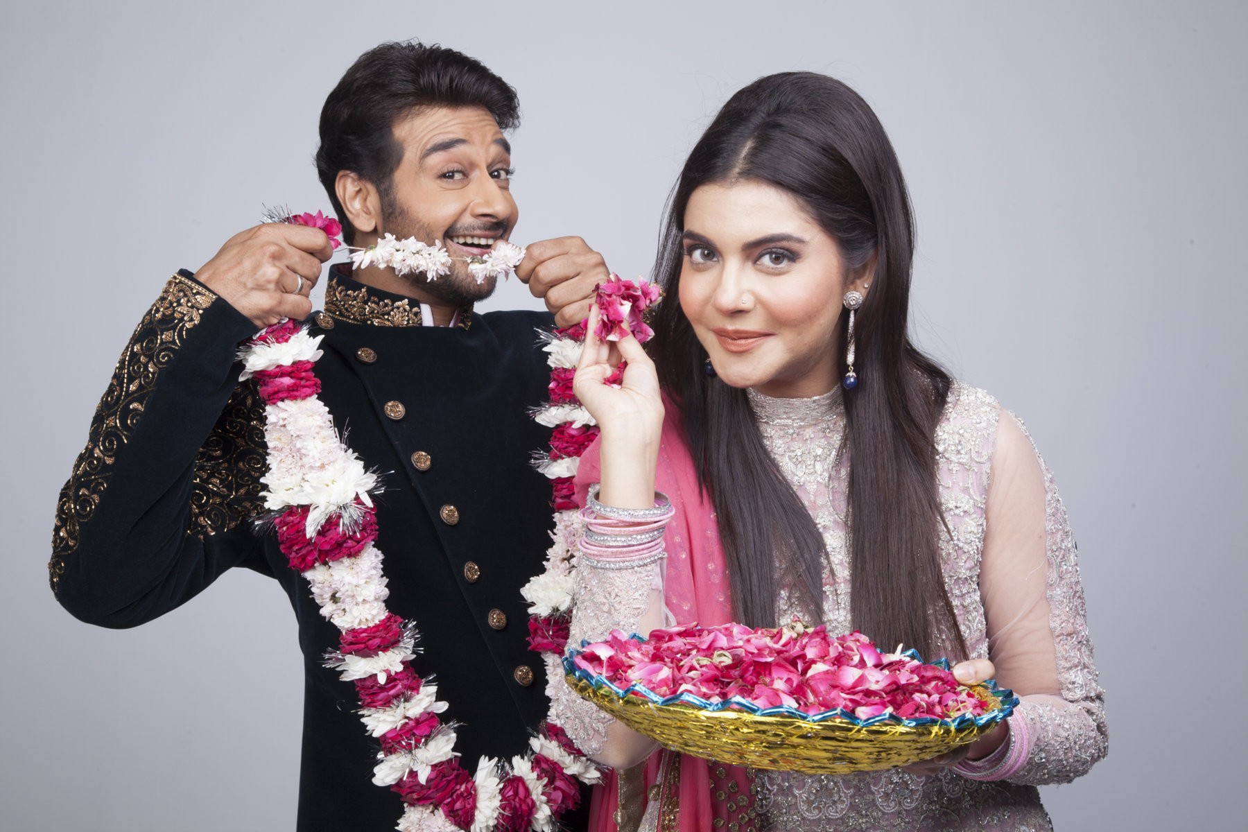Live From Two Different Channels Nida Yasir As Larki Walas On ARY Digital And Faysal Qureshi Larkay Zindagi Will Be Highlighting Fun Filled