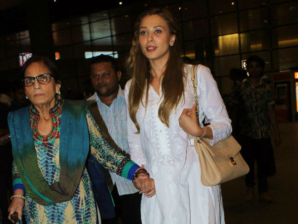 Iulia has been spotted with Salman's mother
