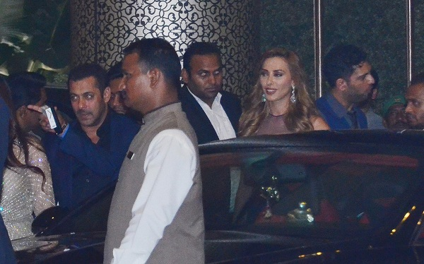 Salman Khan attended Preity Zinta's wedding reception with girlfriend Iulia Vantur