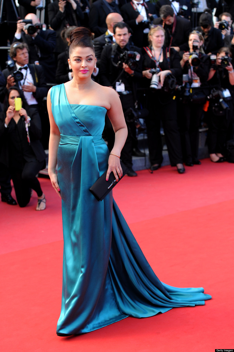 CANNES, FRANCE - MAY 21: Actress Aishwarya Rai attends the 'Cleopatra' premiere during The 66th Annual Cannes Film Festival at The 60th Anniversary Theatre on May 21, 2013 in Cannes, France. (Photo by Dave J Hogan/Getty Images)
