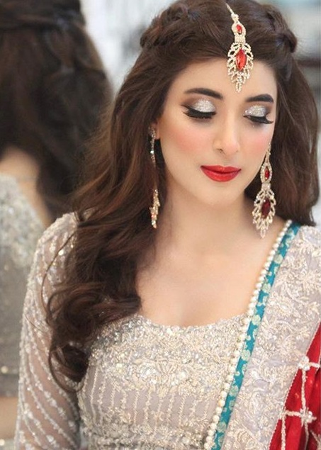 10 Times Pakistani Actresses Looked Ravishing In Red