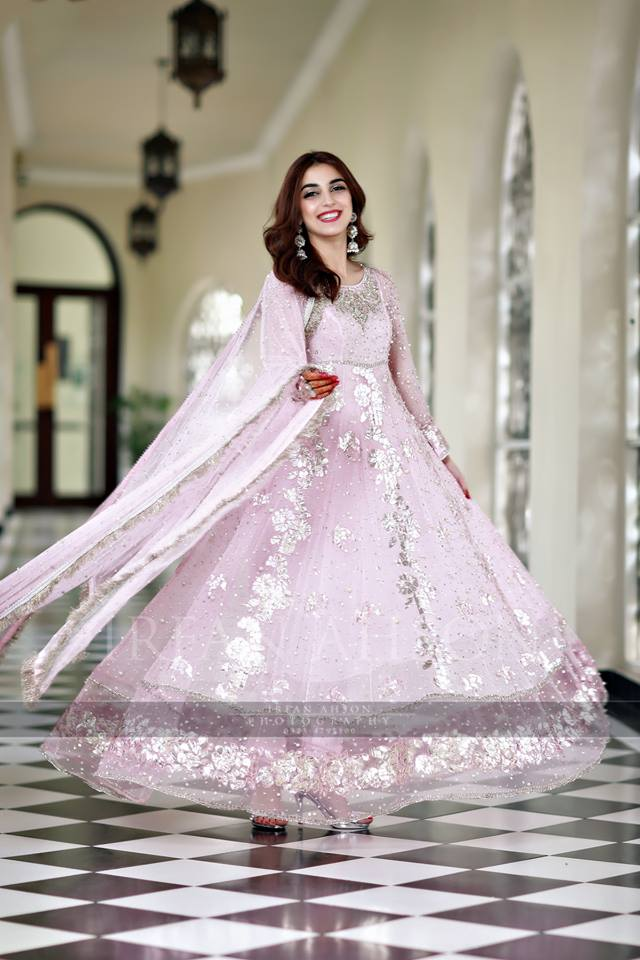 Maya Ali Stuns at Brother's Nikah (4)