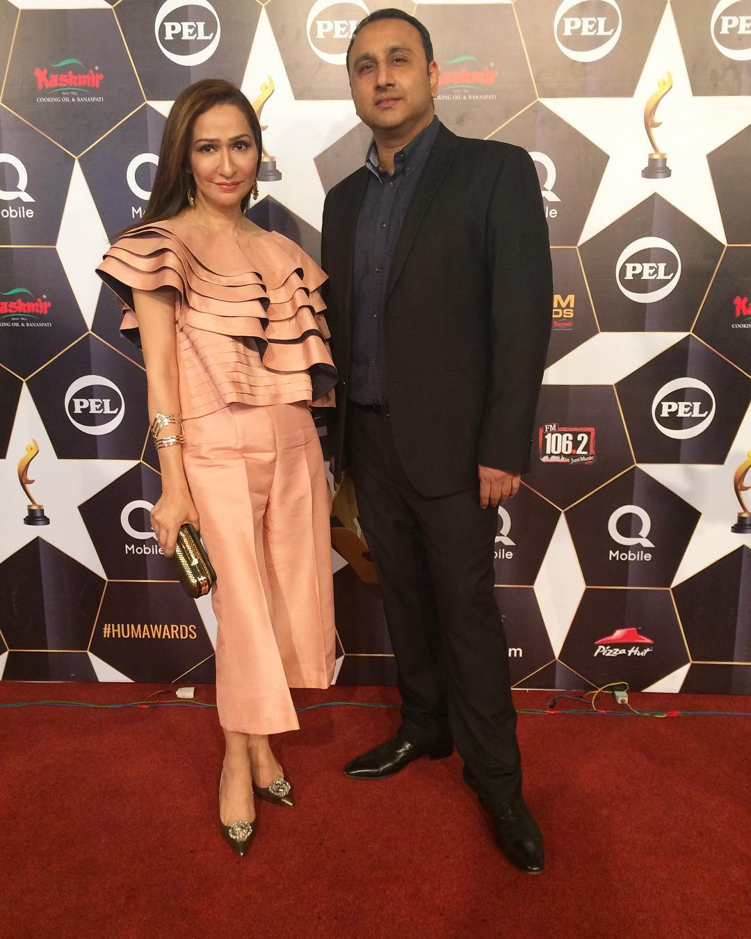 asifa nabeel hum awards 2017 red carpet pictures