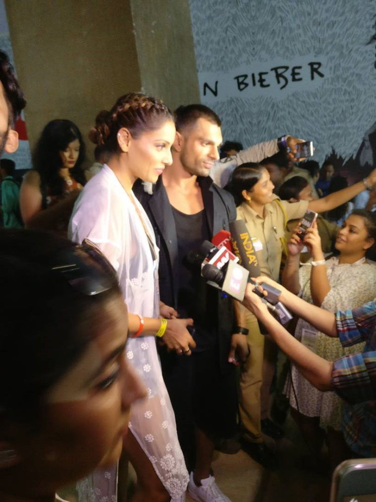bollywood celebrities at justin bieber's concert (1)