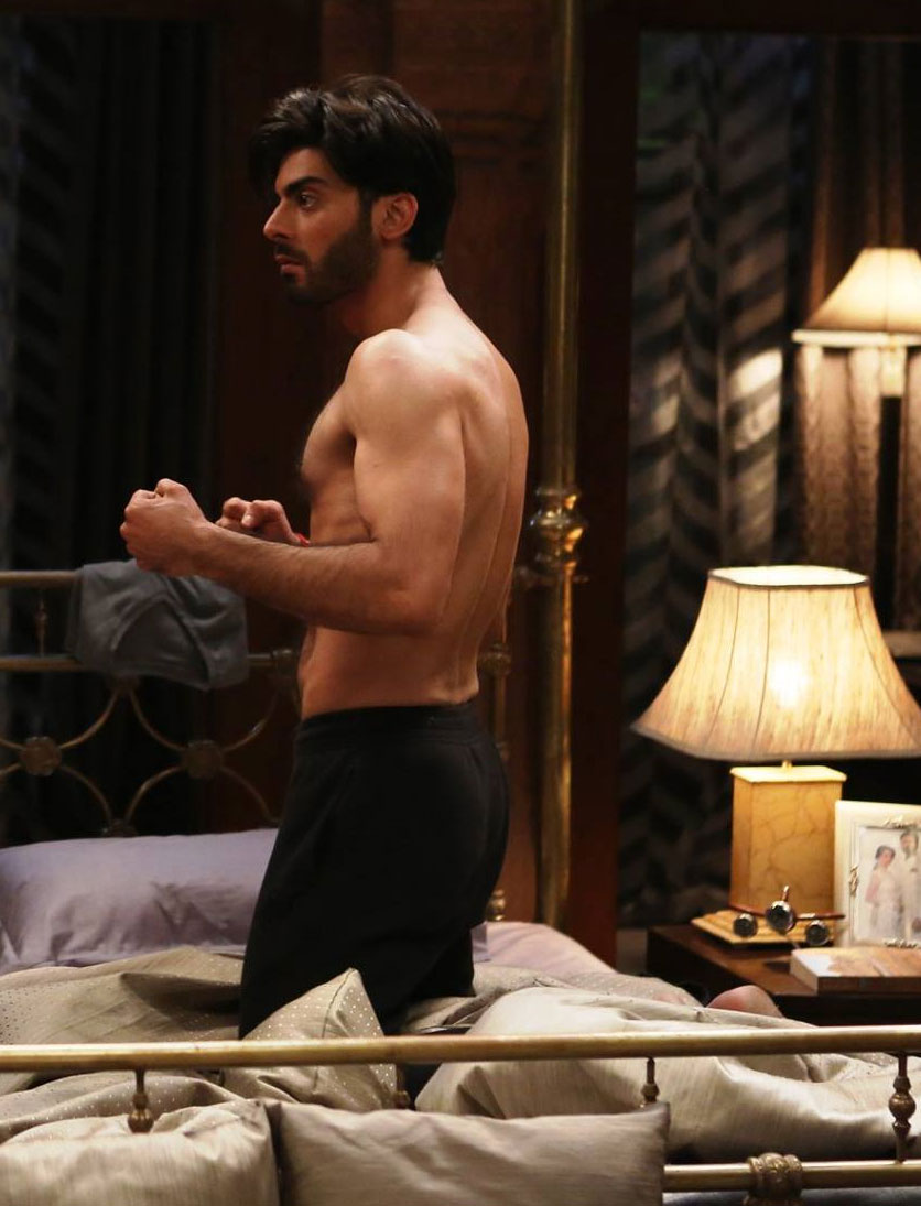 fawad-khan-shirtless