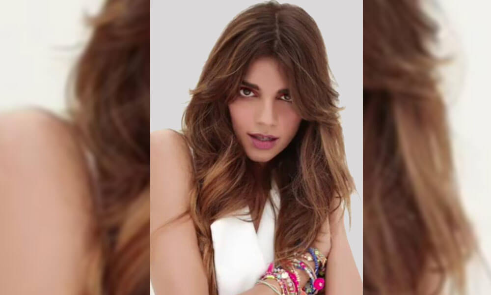 Image result for Sanam Saeed's New Photo Shoot Offends Internet