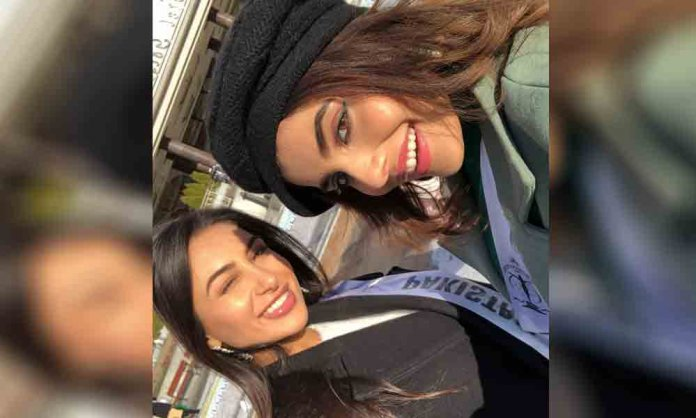 miss Pakistan with Miss India