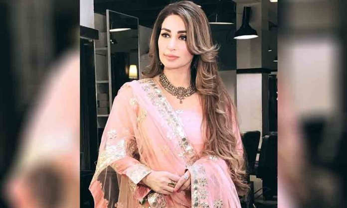 reema khan singing video